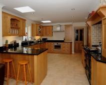 Cách hóa giải bếp nằm trên bể phốt gia đình từ các chuyên gia phong thủy