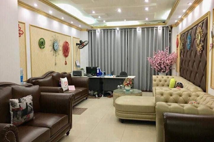 Nhà ngõ 298 Tây Sơn, 90m2*8T, kinh doanh, thang máy, cho thuê 75tr/tháng. 20 tỉ.